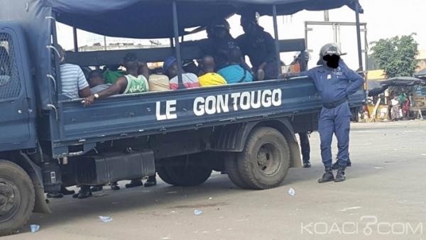 Côte d'Ivoire : Des policiers à la recherche des « microbes » qui ont tué l'un des leurs à Abidjan